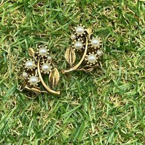 Vintage dainty gold tree branch flowers pearls